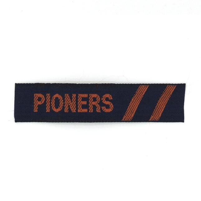 Ensenya Tira Pioners